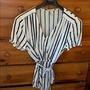 Ava and Viv Target black/white blouse